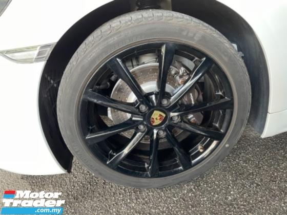 2017 PORSCHE CAYMAN Unreg Porsche Cayman 718 2.0 Turbo Paddle Shift PDK 7Speed Japan Spec