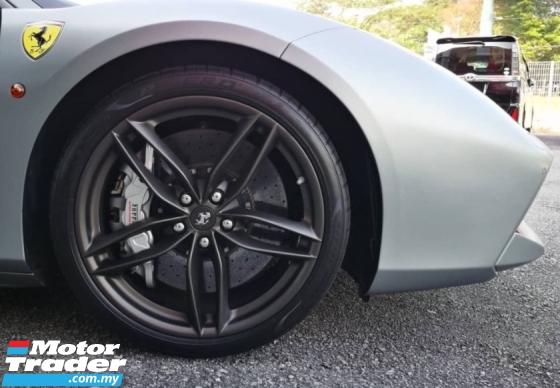 2018 FERRARI 488 GTB 3.9L Carbon Pack