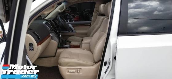 2012 TOYOTA LAND CRUISER 4.5L V8 D-4D (1 YEAR BASIC CAR WARRANTY) REG 2013