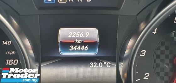 2017 MERCEDES-BENZ SLC 300 2.0 AMG Unreg 241 HP *Driven 34K KM*