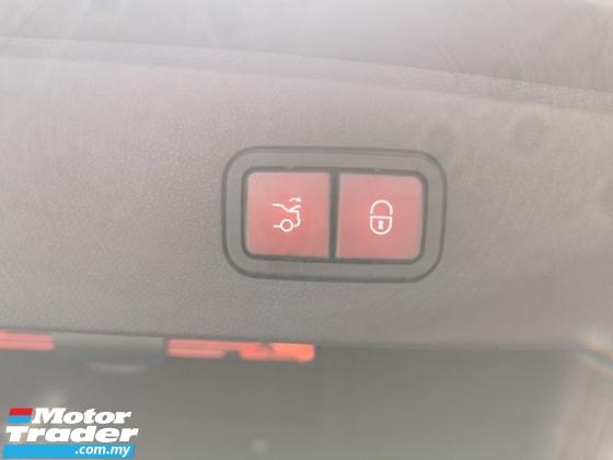 2012 MERCEDES-BENZ E-CLASS E250 CGI AVANTGARDE (7G-TRONIC)