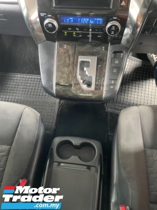 2016 TOYOTA VELLFIRE Unreg Toyota Vellfire Z 2.5cc 7Seather 360View Cam Power Boot Push Start 7Speed