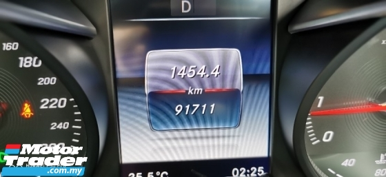 2016 MERCEDES-BENZ GLC 250 AMG 2.0 (A) - SUPERB COND ( FULL SVC RCD )