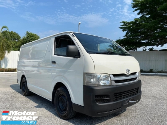 2011 TOYOTA HIACE 2.5 FACELIFT LOW MILEAGE ONE OWNER TIPTOP