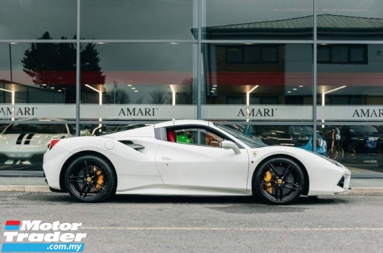 2017 FERRARI 488 SPIDER WITH MANY EXTRAS