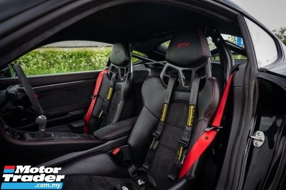 2019 PORSCHE CAYMAN 718 GT4 CLUB SPORT PACKAGE