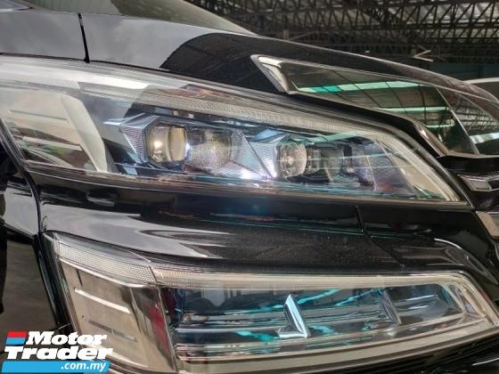 2018 TOYOTA VELLFIRE 2.5 Z Facelift Sun Roof PCS LTA 8 Seater 2 PDoor Unregister