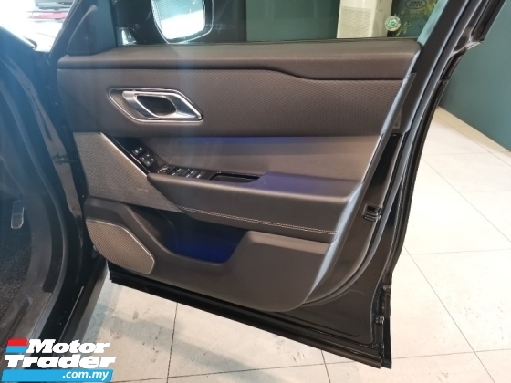 2018 LAND ROVER RANGE ROVER VELAR P250 R.Dynamic U.K Land Rover Approved PreOwned P300 P380 Evoque GLE43 Macan Cayenne Levante Sport