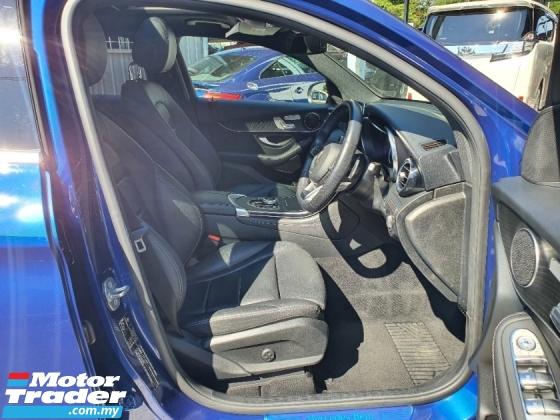 2019 MERCEDES-BENZ GLC 250 AMG Premium COUPE 4 Matic *Free Warranty *Sunroof