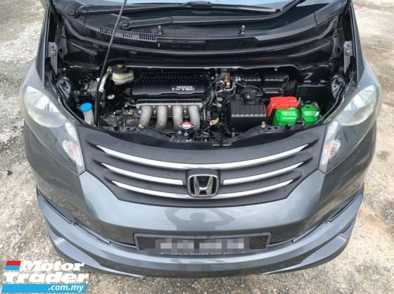 2010 HONDA FREED 1.5 AUTO I-VTEC ENGINE / 7 SEATER MPV / 2 POWER DOOR / MICHELIN TAYAR / FULL BODYKIT /REVERSE CAMERA